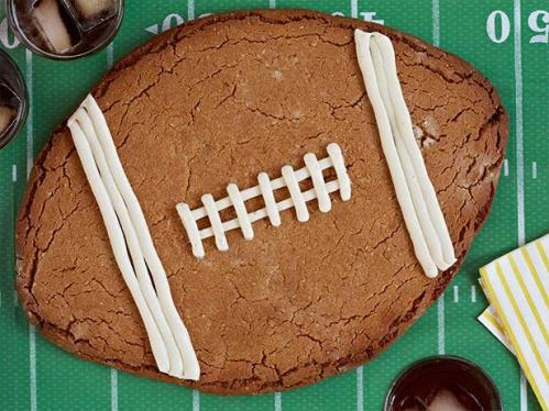 FNK_Peanut-Butter-Football-Cookie_s4x3.jpg.rend.snigalleryslide
